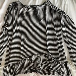 Black and white striped long sleeve swing tee.